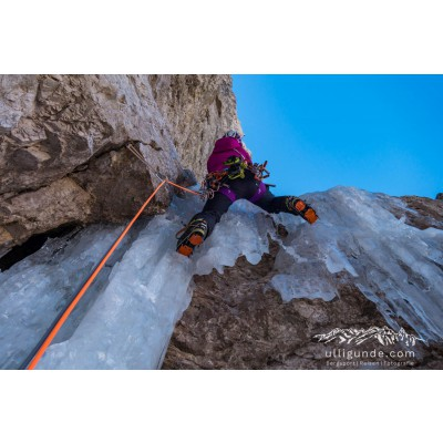 Image 2 from Erika of Arc'teryx - Women's AR 385a - Climbing harness