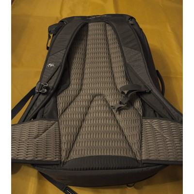 Image 3 from Gear-Tipp of DMM - Flight - Climbing backpack