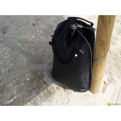 Image 3 from Jens of Pacsafe - Travelsafe X 25 - Valuables pouch