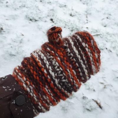 Image 4 from Karen of Sherpa - Women's Rimjhim Handwarmers 2 - Gloves