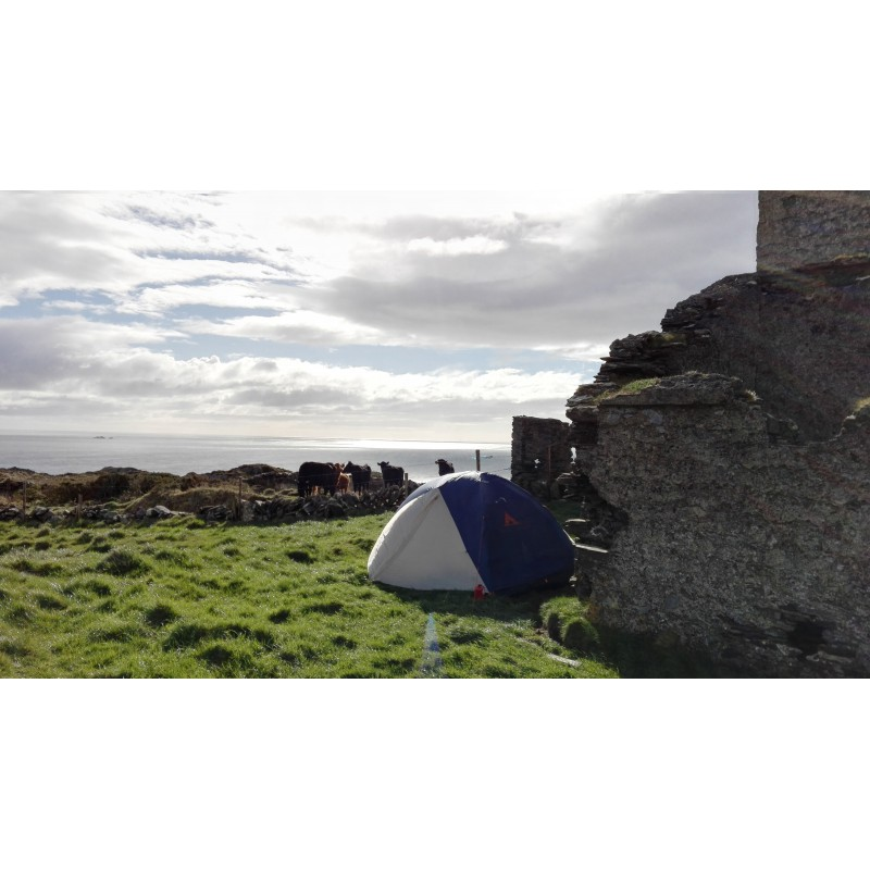 Image 1 from Jasmin of Basin + Range - Escalante 3 Tent: 3-Person 3Season - 3-man tent