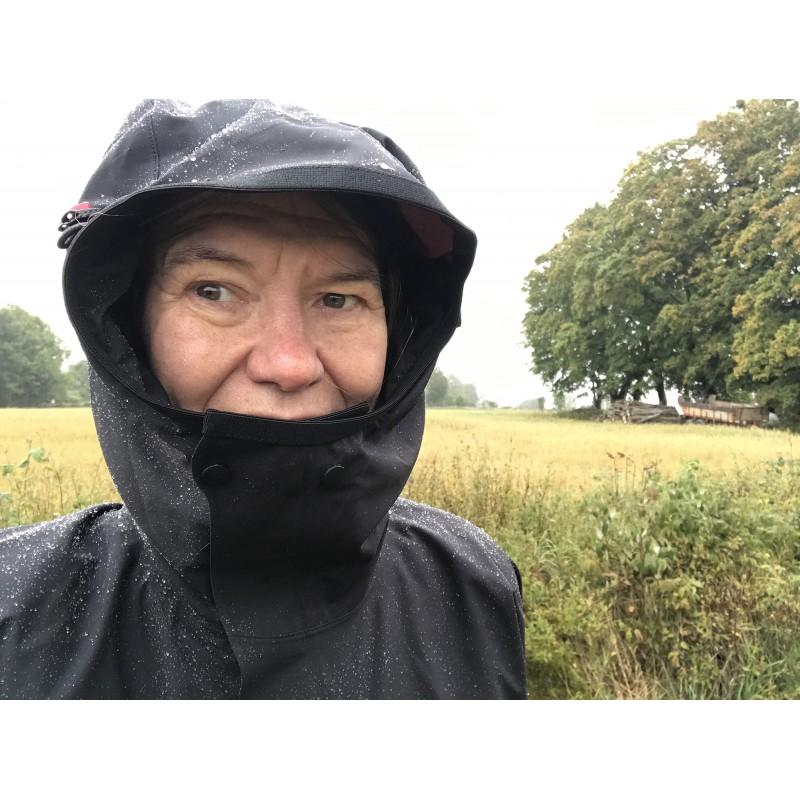 Image 2 from Eva of Klättermusen - Women's Allgrön Jacket - Hardshell jacket