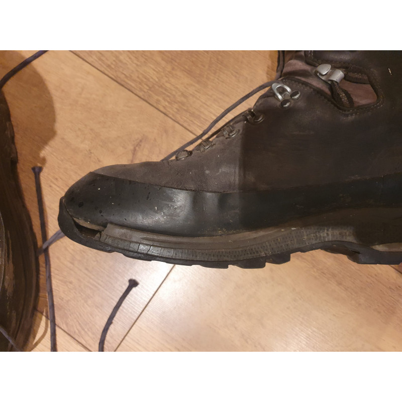 Image 2 from Toby of Lowa - Tibet GTX - Mountaineering boots