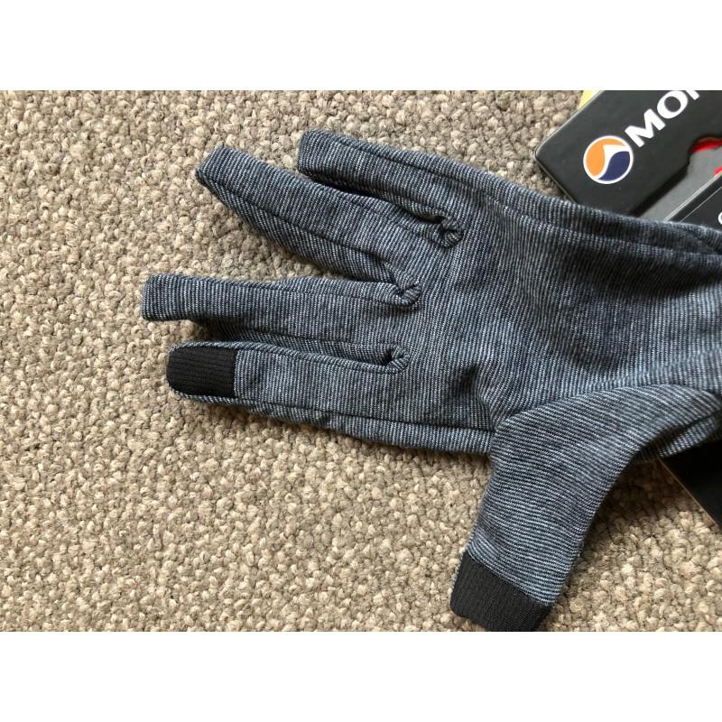 Image 1 from Edoardo of Montane - Primino 140 Glove - Gloves