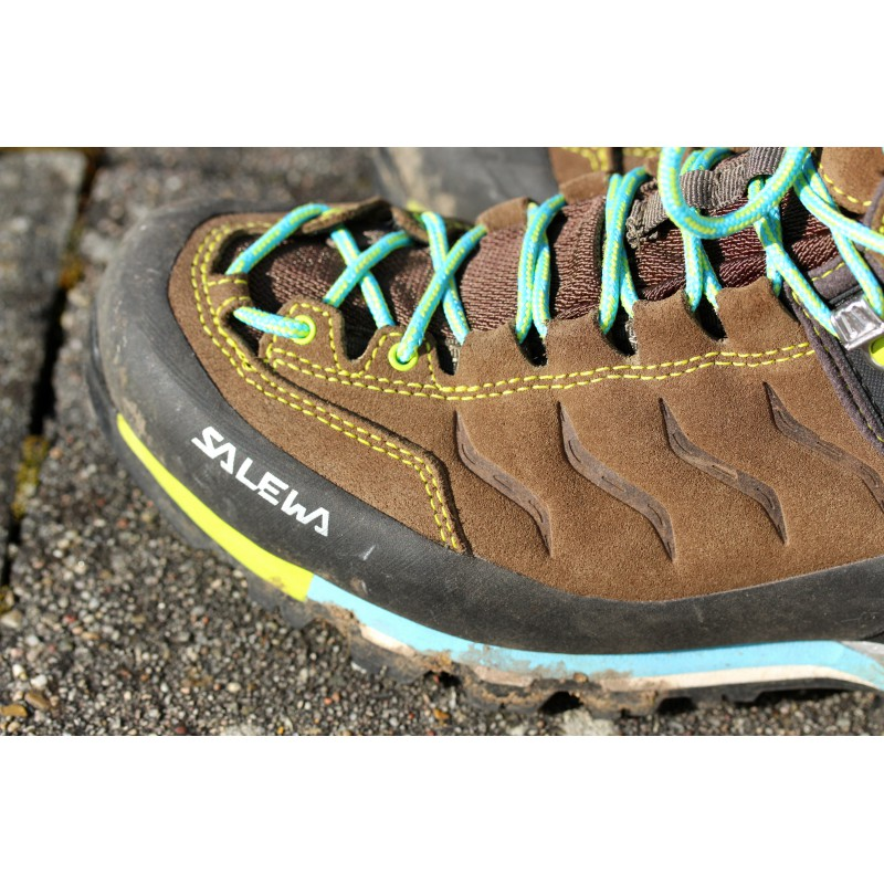 Image 2 from Britta of Salewa - Women's MTN Trainer Mid GTX - Hiking shoes